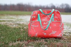 Girls in the Garden Blog - Amy Butler's Weekender Bag - Tips, Hints and a bit of a Tutorial