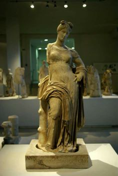 Marble statue of Aphrodite Hypolympidia, from the santuary of Isis, 2nd c. BC, Archaeological Museum, Dion