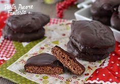 Mostaccioli napoletani morbidi con procedimento tradizionale e Bimby Italian Cookies, Dessert Recipes, Desserts, Christmas Baking, Chocolate Recipes, Italian Recipes, Food And Drink, Sweets, Eat