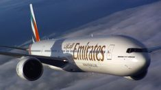 emirates boeing plane photography
