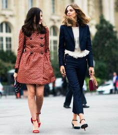 Street fashions express individual personal styles.