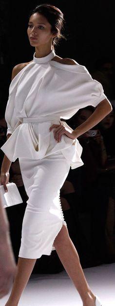 #Ralph&Russo#Armani #LadiesFashions #WomenFashions  #WomenWear #FashionTheory #ReadyToWear #HauteCoutre #StyleFashion