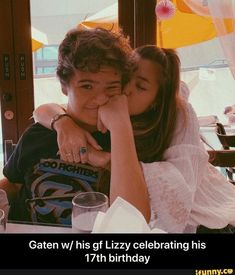 Gaten w/ his gf Lizzy celebrating his birthday - iFunny :) Funny Quotes, Funny Memes, Hilarious, Stranger Things 3, Sadie Sink, 19th Birthday, Morning Humor, Popular Memes, Couple Photos