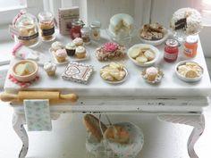 Isla de cocina en miniatura con Encanto