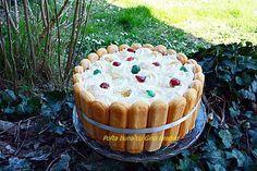 Tort fara coacere cu mascarpone, frisca si iaurt, o reteta extrem de simpla si rapida, fara oua, fara gelatina. Combinatie intre Diplomat si Tiramisu.