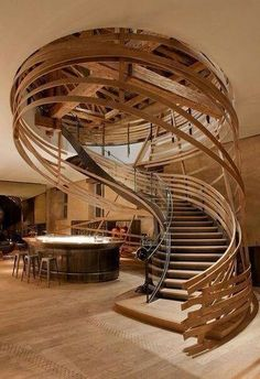 Artful open spiral