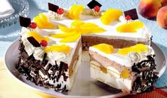 Ymmy fresh cake fresh, cake) via www. Cookie Recipes, Dessert Recipes, Desserts, Beautiful Cake Pictures, Cake Wallpaper, Fresh Cake, Online Cake Delivery, Buy Cake, Peach Cake