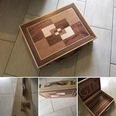 Holzkoffer aus Esche mit selbst gestalteten Intarsien aus Furnier. Hergestellt in der Praxiswoche des Meisterkurses.