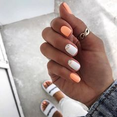 Want some ideas for wedding nail polish designs? This article is a collection of our favorite nail polish designs for your special day. Trendy Nails, Cute Nails, My Nails, Summer Acrylic Nails, Pastel Nails, White Summer Nails, Pink Nail, Solid Color Nails, Nail Colors