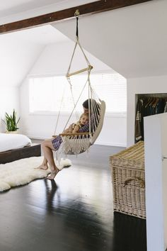 indoor swing Indoor Swings (Or How to Be the Coolest Parent in the World) - Juniper Home Swing Chair For Bedroom, Hammock In Bedroom, Swinging Chair, Home Bedroom, Room Swing, Bedroom Ideas, Bedroom Decor, Rocking Chair, Modern Bedroom