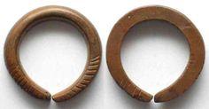 Primitivgeld NIGERIA Manilla SLAVE TRADE MONEY ca.1700 bronze 49mm VF # 81799 VF