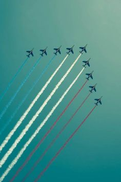 I have always been amazed by air shows. Nothing like the sound of jets zooming above. #redwhiteblue