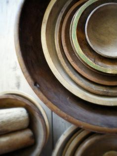 antique wooden bowls (photo by Lisa Jordan/Lil Fish Studios) // for storage and presentation.