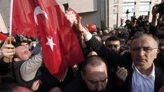 """Turchia, libero il direttore giornale """"Zaman"""""""