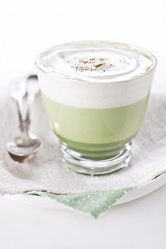 #Matcha #GreenTea Latte ingredients: 1 teaspoon of matcha green tea - 3 tablespoons hot water - 1-2 teaspoons of honey - 150 ml of skim milk (or soymilk) - pinch of nutmeg