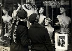 Two young Polish girls look at a beauty parlor storefront in Warsaw, circa 1937 American photographer Julien Bryan. Danzig, Store Fronts, Warsaw, Polish Girls, Vintage Photographs, World War Ii, Victorious, The Past, Father