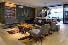 Casa tem cores fortes, estampas e papel de parede em todos os cômodos! - Casa Vogue | Casas