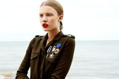 Love Clothing: Soldier on in the Military Trend 2012/13