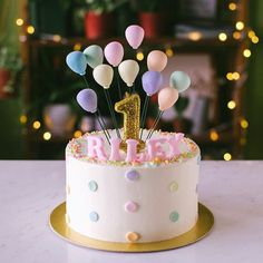 Confetti and balloons 🎈 🎉 - Backen - first birthday cake-Erster Geburtstagskuchen 1 Year Old Birthday Cake, 1st Birthday Cake For Girls, Baby Birthday Cakes, Rainbow Birthday, Cake 1 Year Boy, 1 Year Old Cake, Fifth Birthday Cake, Happy Birthday 1 Year, Balloon Birthday Cakes