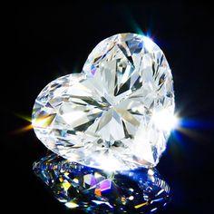 Dymant Limited Luxurious Jewelry and Accessories for Heidi Klum  http://coolstuff4vip.com/celebrities/dymant-limited-luxurious-jewelry-accessories-heidi-klum/ ___________________________ Dymant gathers the best craftsmen to make unique and limited pieces of luxurious accessories ___________________________ #accesories #celebrities #diamonds #dymant #expensivegifts #HeidiKlum #hotcelebrities #hotwomen #jewelry #luxury #sexywomen #VictoriaSecret #wildlife  _________via…