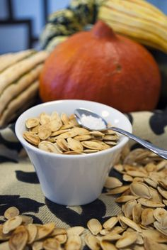 Toasted Pumpkin Seeds with Sriracha  - A convenient and easy snack with a kick