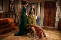 muhteşem yüzyıl - Google'da Ara Sultan Suleyman, 16th Century, Saree, Tv, Google, Women, Fashion, Moda, Fashion Styles