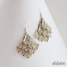 fancy earrings  Pattern in Super Beadwork June/July 2012. Found the pattern!