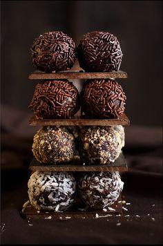 Chocolate Cake Balls http://www.creativeboysclub.com/wall/creative