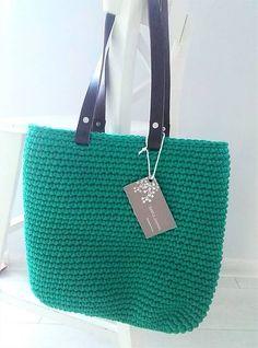Crochet Bags, Easy Crochet, Blue Jeans, Straw Bag, Tote Bag, Simple, Handmade, Crochet Purses, Hand Made