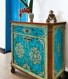 Turquoise with gold India design chest. Get this look with Artisan Enhancements Leaf & Foil Size and Stencils!