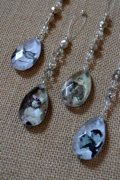 Crystal Pendant Family Photo Ornaments ~ tutorial w pictures. Love these! I'd leave them up year round, hanging in a window.