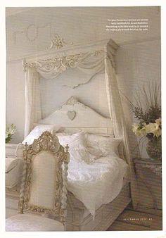 Daphne Nicole - Lynda Cade: Beautiful White Rooms