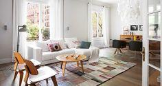 Scandinavian cool meets the Spanish temperament in this Barcelona based apartment designed by the Spanishinterior designer Merixtel Riba. viarumhemma