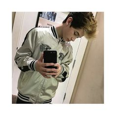 Brandon mirror pic