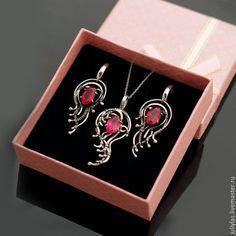 подарок для женщины, подарок девушке, шикарное украшение, серебро с красным камнем, шикарное серебро, украшение на шею, комплект украшений, серебряный комплект