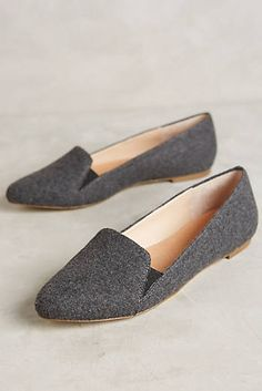 Trying to venture into slightly more pointed toes (I usually prefer almond), and loafers like this have been a good entrance