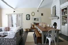 dining room rectangular table + galvanized chairs