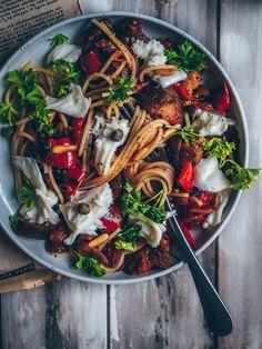 Caponatapasta – Viimeistä murua myöten Vegetarian Recipes, Cooking Recipes, Healthy Recipes, Cooking Ideas, Pizza, Recipes From Heaven, Foods To Eat, Vegan Dinners, Desert Recipes