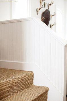 sisal carpet on steps,white painted wood. Atchison Home Wall Carpet, Diy Carpet, Carpet Flooring, Carpet Ideas, Modern Carpet, Stair Carpet, Outdoor Carpet, Magic Carpet, Textured Carpet
