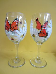 2 Butterfly and Daisy Wine Glasses by EverythingPainted on Etsy