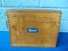 Vintage Wood Recipe Box & Recipe File Category Cards! WEIS! DOVE TAIL! NICE!   eBay $29.98