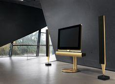 Téléviseur 3D BeoVision 7-55, par Bang & Olufsen