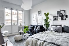 It is energizing moving into your absolute first studio apartment. Everything is new and you need to put your very own stamp on the spot. So as to do this, decorating ideas for a small studio apartment should be sorted… Continue Reading → White Studio Apartment, Minimalist Studio Apartment, Small Apartment Furniture, Design Apartment, Apartment Bedroom Decor, Studio Apartment Decorating, Apartment Interior, Decor Room, Room Interior