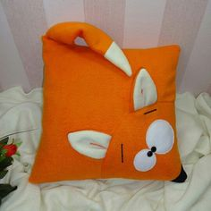 Cojin zorro Decor Crafts, Diy Home Decor, Diy Crafts, Easy Diy, Crafts To Make And Sell, Fox Pillow, Duvet Sets, Weaving, Cushions