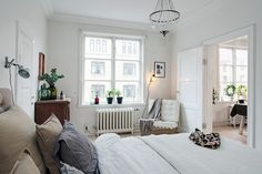 Knowledgeable helped fast as well as easy bedroom renovation as well as remodel find out here Black Master Bedroom, Pretty Bedroom, Modern Bedroom, Bedroom Decor, Nordic Bedroom, Design Your Bedroom, Bedroom Photos, Palette, White Rooms