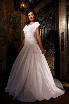 Perlenbesetzt Kurze Ärmel Geraffte Sandig Knopf Ballkleid Brautkleid