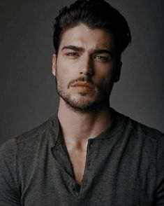 Just Beautiful Men, Beautiful Men Faces, Portrait Photography Men, Photography Poses For Men, Bad Boy Aesthetic, Character Aesthetic, Male Model Face, Male Models, Man Character