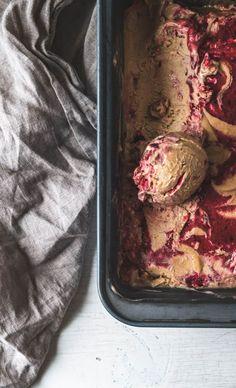 cherry miso cashew ice cream #vegan Cashew Recipes, Delicious Vegan Recipes, Yummy Food, Frozen Yogurt Recipes, Frozen Desserts, Frozen Treats, Pistachio Ice Cream, Vegan Ice Cream, Sherbet Recipes