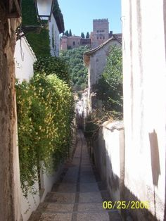 Albacicin Grenada Up and down these paths, to yoga, to dinner, for tapas