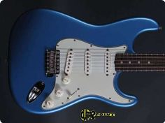 1964 Fender Stratocaster - Ice Blue This truely a great rarity: 1964 Fender Stratocaster in one of the most rare customcolors Iceblue in absolutely mint condition. The guitar shows almost no